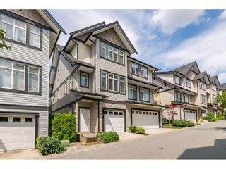 """Photo 2: 73 19932 70 Avenue in Langley: Willoughby Heights Townhouse for sale in """"Summerwood"""" : MLS®# R2388854"""