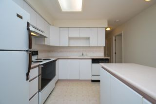 """Photo 12: 208 5375 VICTORY Street in Burnaby: Metrotown Condo for sale in """"THE COURTYARD"""" (Burnaby South)  : MLS®# R2602419"""