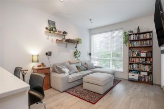 Photo 3: 207 719 W 3RD STREET in North Vancouver: Harbourside Condo for sale : MLS®# R2498764