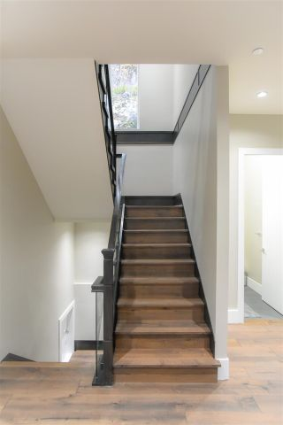 """Photo 15: 38544 SKY PILOT Drive in Squamish: Plateau House for sale in """"CRUMPIT WOODS"""" : MLS®# R2576795"""