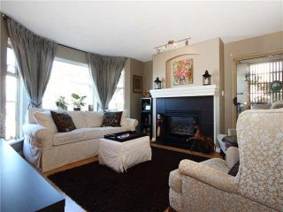 """Photo 3: 206 55 E 10TH Avenue in Vancouver: Mount Pleasant VE Condo for sale in """"Abbey Lane"""" (Vancouver East)  : MLS®# V1091688"""