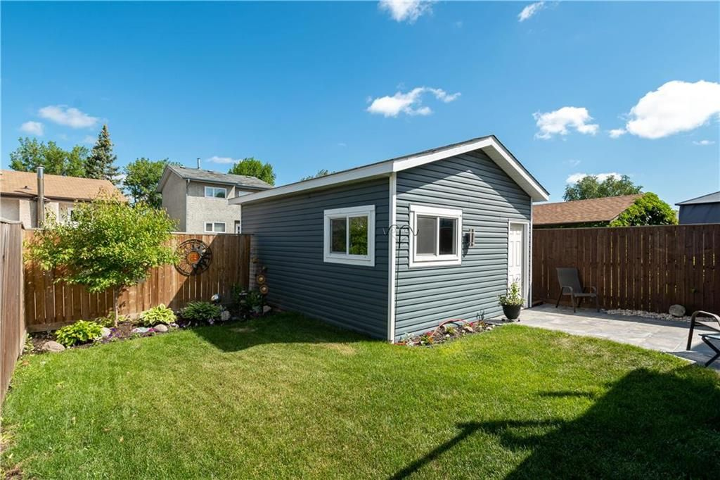Photo 22: Photos: 57 Maitland Drive in Winnipeg: River Park South Residential for sale (2F)  : MLS®# 202116351