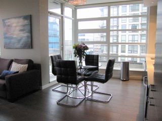 """Photo 5: 405 2550 SPRUCE Street in Vancouver: Fairview VW Condo for sale in """"SPRUCE (BY INTRACORP)"""" (Vancouver West)  : MLS®# R2045533"""
