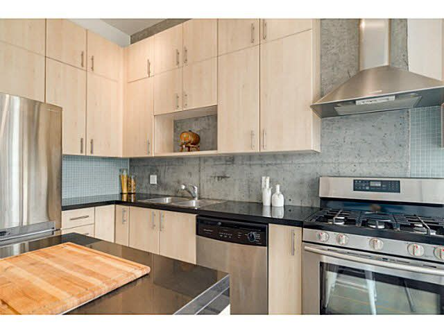 """Photo 6: Photos: 402 2635 PRINCE EDWARD Street in Vancouver: Mount Pleasant VE Condo for sale in """"SOMA"""" (Vancouver East)  : MLS®# V1123501"""