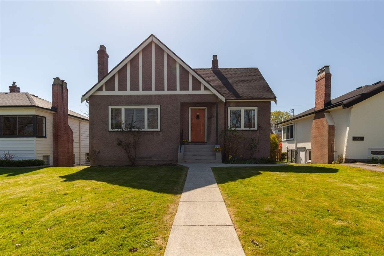 Main Photo: 2356 W 13TH Avenue in Vancouver: Kitsilano House for sale (Vancouver West)  : MLS®# R2569002
