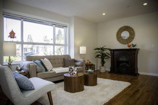 Photo 3: 14 3685 WOODLAND Drive in Port Coquitlam: Woodland Acres PQ Townhouse for sale : MLS®# R2159043