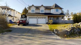 Photo 1: 214 Flicker Lane in VICTORIA: La Florence Lake House for sale (Langford)  : MLS®# 838008