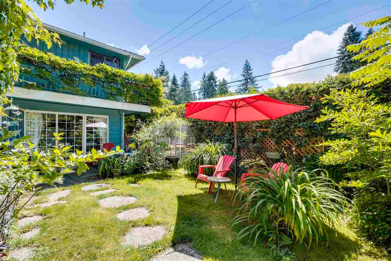 Main Photo: 3510 CLAYTON Street in Port Coquitlam: Woodland Acres PQ House for sale : MLS®# R2590688
