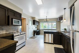 Photo 7: 671 BLUE MOUNTAIN Street in Coquitlam: Central Coquitlam House for sale : MLS®# R2598750