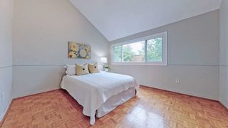 Photo 13: 88 Song Meadoway in Toronto: Hillcrest Village Condo for sale (Toronto C15)  : MLS®# C5253458
