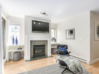 """Photo 4: 206 688 E 16TH Avenue in Vancouver: Fraser VE Condo for sale in """"VINTAGE EASTSIDE"""" (Vancouver East)  : MLS®# R2189577"""