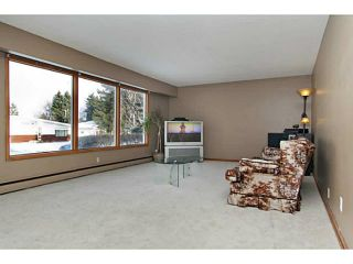 Photo 5: 85 KIRBY Place SW in Calgary: Kingsland Residential Detached Single Family for sale : MLS®# C3648875