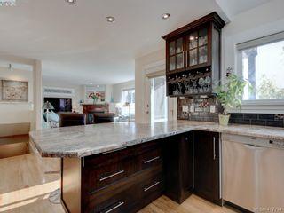Photo 10: 2592 Empire St in VICTORIA: Vi Oaklands Half Duplex for sale (Victoria)  : MLS®# 828737
