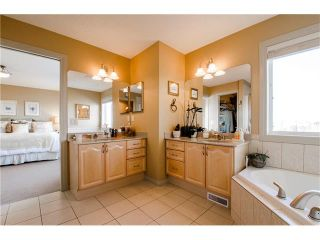 Photo 18: 76 STRATHLEA Place SW in Calgary: Strathcona Park House for sale : MLS®# C4092293