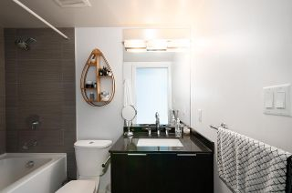 """Photo 9: 509 1919 WYLIE Street in Vancouver: False Creek Condo for sale in """"MAYNARDS BLOCK"""" (Vancouver West)  : MLS®# R2401456"""