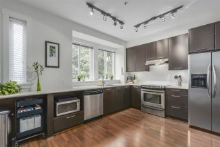 """Photo 2: 15 2418 AVON Place in Port Coquitlam: Riverwood Townhouse for sale in """"LINKS BY MOSAIC"""" : MLS®# R2305870"""