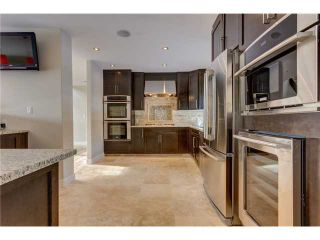 Photo 9: 31 HIGHWOOD Place NW in Calgary: Highwood Residential Detached Single Family for sale : MLS®# C3639703