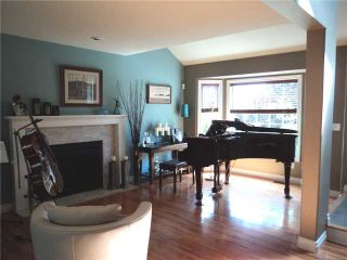 Photo 2: 2933 MEADOWVISTA Place in Coquitlam: Westwood Plateau House for sale : MLS®# V897867