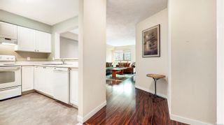 Photo 4: 229 2245 James White Blvd in Sidney: Si Sidney North-East Condo for sale : MLS®# 868978