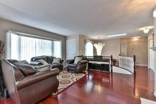 Photo 4: 15948 98 Avenue in Surrey: Guildford House for sale (North Surrey)  : MLS®# R2126494