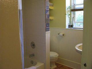 Photo 11: 828 8TH Avenue North in SASKATOON: City Park (Area 03) Single Family Dwelling for sale (Area 03)  : MLS®# 319320