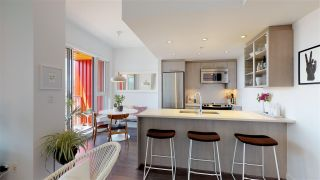 """Photo 15: 701 933 E HASTINGS Street in Vancouver: Strathcona Condo for sale in """"STRATHCONA VILLAGE-BALLANTYNE"""" (Vancouver East)  : MLS®# R2368592"""