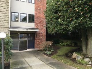 """Photo 1: 303 1355 FIR Street: White Rock Condo for sale in """"The Pauline"""" (South Surrey White Rock)  : MLS®# R2231036"""