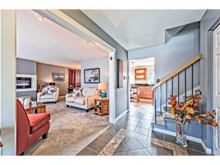 Photo 2: 551 PARKRIDGE Drive SE in Calgary: Parkland House for sale : MLS®# C4045891