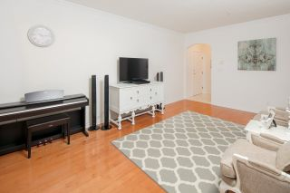 """Photo 6: 332 5735 HAMPTON Place in Vancouver: University VW Condo for sale in """"THE BRISTOL"""" (Vancouver West)  : MLS®# R2212569"""