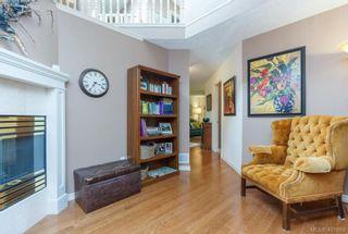 Photo 7: 19 500 Marsett Pl in VICTORIA: SW Royal Oak Row/Townhouse for sale (Saanich West)  : MLS®# 801524