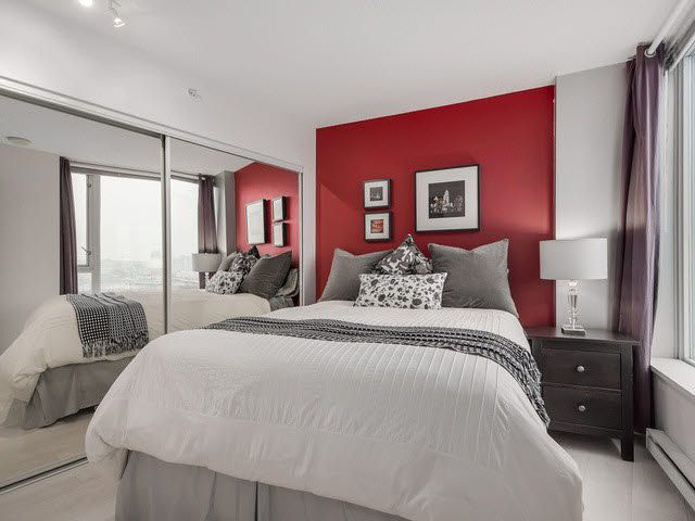 """Photo 6: Photos: 1010 550 TAYLOR Street in Vancouver: Downtown VW Condo for sale in """"TAYLOR"""" (Vancouver West)  : MLS®# V1097572"""