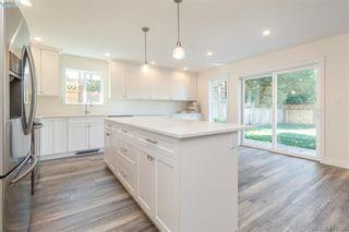 Photo 12: 2071 Piercy Ave in SIDNEY: Si Sidney North-East Half Duplex for sale (Sidney)  : MLS®# 816347