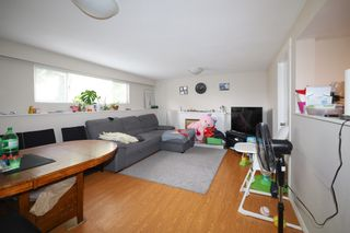 Photo 9: 3070 E 52ND Avenue in Vancouver: Killarney VE House for sale (Vancouver East)  : MLS®# R2611651