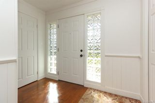 Photo 3: 2202 Bradford Ave in : Si Sidney North-East House for sale (Sidney)  : MLS®# 836589