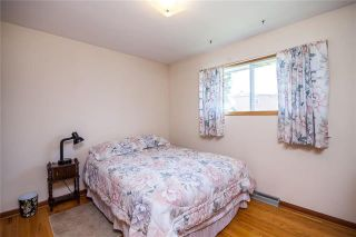 Photo 9: 1106 Hector Bay East in Winnipeg: Residential for sale (1Bw)  : MLS®# 1914960