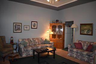 Photo 2: 143 MAPLE Street in Gimli: Aspen Park Condominium for sale (R26)  : MLS®# 1930875