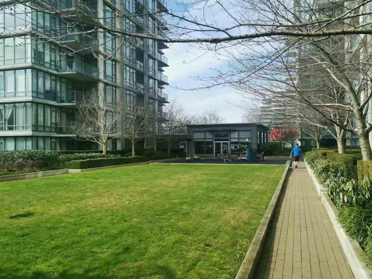 Main Photo: 507 7362 ELMBRIDGE Way in Richmond: Brighouse Condo for sale : MLS®# R2589370