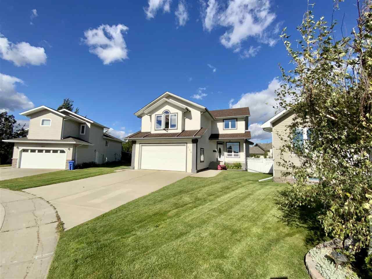 Main Photo: 208 Parkglen Close: Wetaskiwin House for sale : MLS®# E4252924