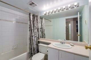 """Photo 11: 105 10533 UNIVERSITY Drive in Surrey: Whalley Condo for sale in """"GRANDVIEW COURT"""" (North Surrey)  : MLS®# R2283886"""