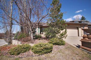 Photo 2: 274 Douglas Woods Close SE in Calgary: Douglasdale/Glen Detached for sale : MLS®# A1100234