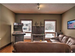 Photo 5: 5055 VANTAGE Crescent NW in Calgary: Varsity House for sale : MLS®# C4103507