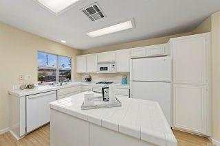 Photo 34: House for sale : 4 bedrooms : 154 Rock Glen Way in Santee