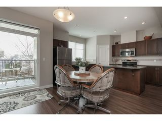 """Photo 8: 15 6036 164 Street in Surrey: Cloverdale BC Townhouse for sale in """"Arbour Village"""" (Cloverdale)  : MLS®# R2445991"""