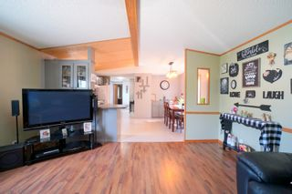 Photo 4: 31 North Drive in Portage la Prairie RM: House for sale : MLS®# 202117386