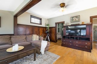 Photo 7: 15591 VICTORIA Avenue: House for sale in White Rock: MLS®# R2604648