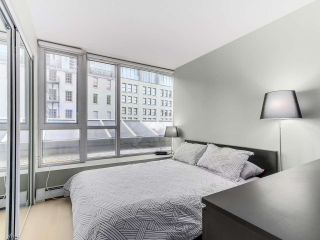 """Photo 5: 501 183 KEEFER Place in Vancouver: Downtown VW Condo for sale in """"PARIS PLACE"""" (Vancouver West)  : MLS®# R2124284"""
