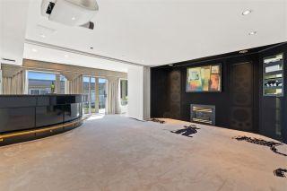 "Photo 33: 15414 VICTORIA Avenue: White Rock House for sale in ""White Rock"" (South Surrey White Rock)  : MLS®# R2568004"