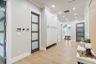 Photo 3: 15731 BUENA VISTA Avenue: White Rock House for sale (South Surrey White Rock)  : MLS®# R2533597