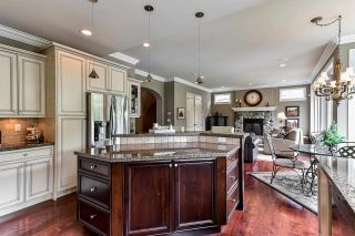 """Photo 11: 15468 37B Avenue in Surrey: Morgan Creek House for sale in """"Ironwood"""" (South Surrey White Rock)  : MLS®# R2573453"""