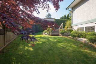 "Photo 18: 36029 VILLAGE Knoll in Abbotsford: Abbotsford East House for sale in ""Mountain Village"" : MLS®# R2062189"
